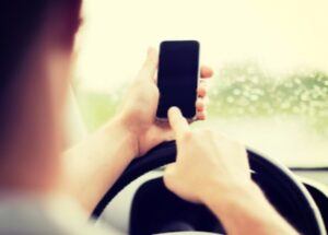 : texting while driving, RedLawList Accidents & Injuries Blog